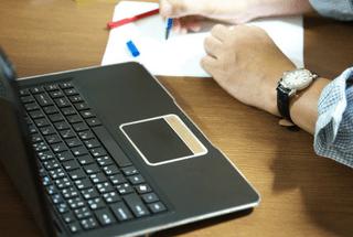 Cómo ganar dinero por la venta de enlaces y post patrocinados