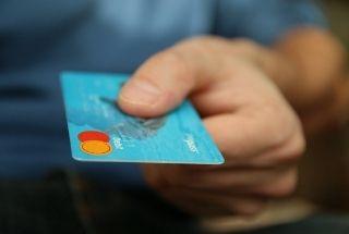 Mejor tarjeta de débito que de crédito