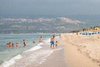 Evita ir de vacaciones en temporada alta